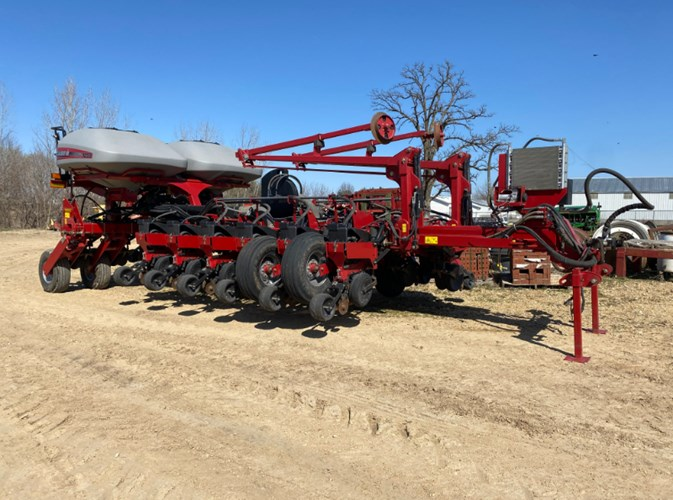 2014 Case IH 1255-16 Planter For Sale