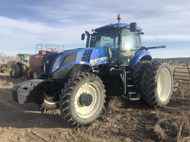 2011 New Holland T8.275 Tractor For Sale