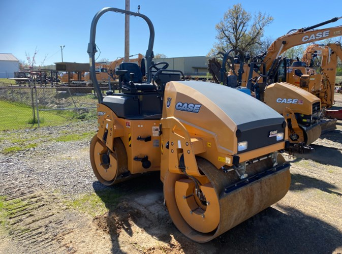 2018 Case DV45 Compactor-Asphalt For Sale
