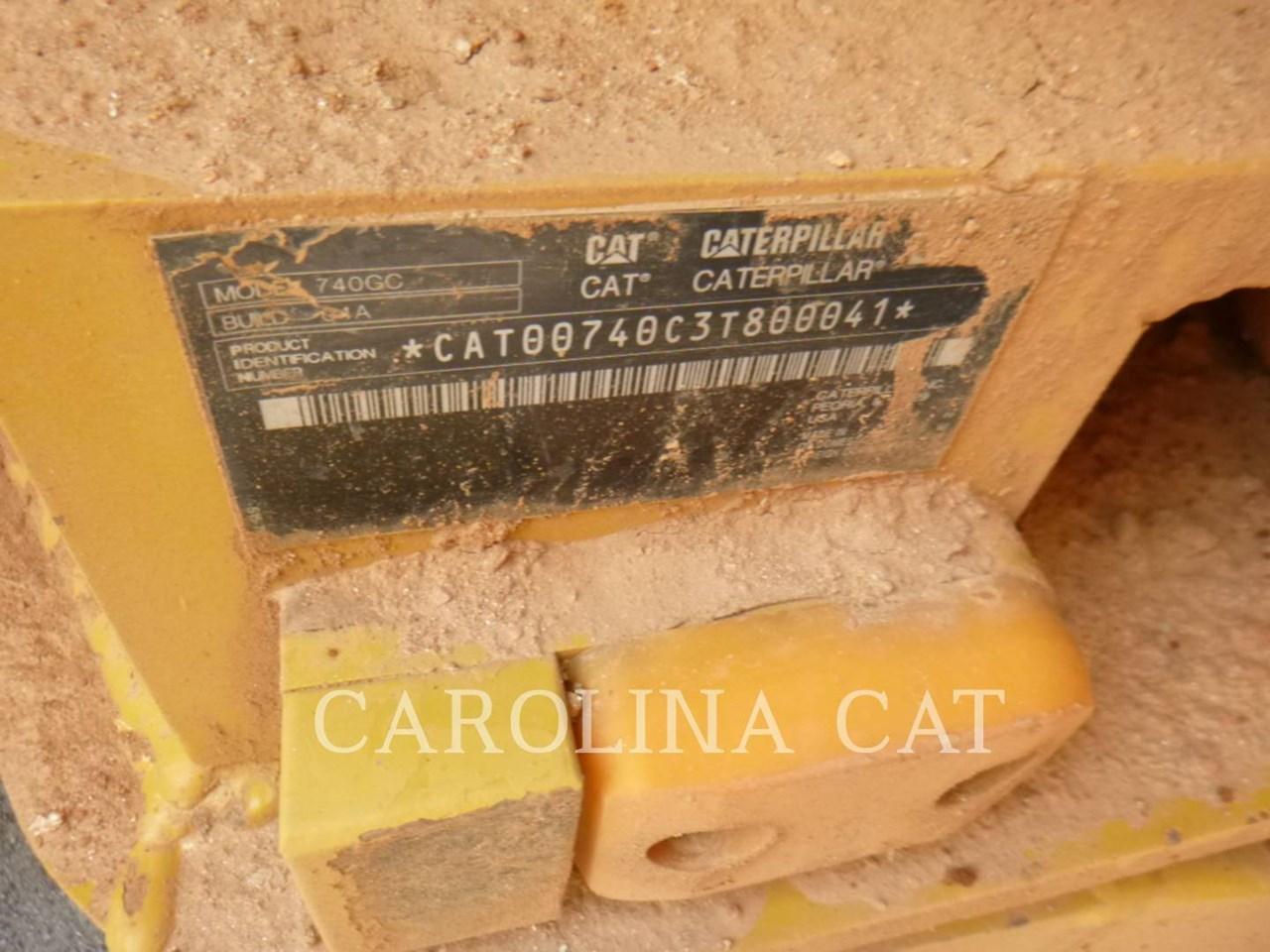2018 Caterpillar 740 GC Image 6