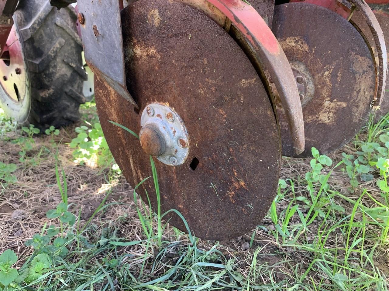 Case IH 1200 Image 10