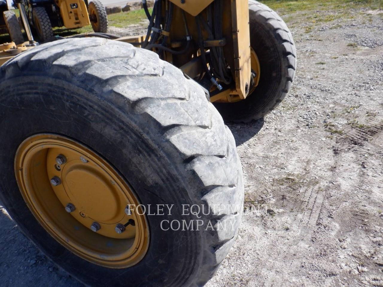 2017 Caterpillar 12M3AWX Image 14