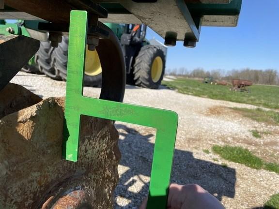 2010 Great Plains 4000TM Image 22