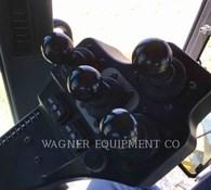 2014 John Deere 772GP AWD Thumbnail 13
