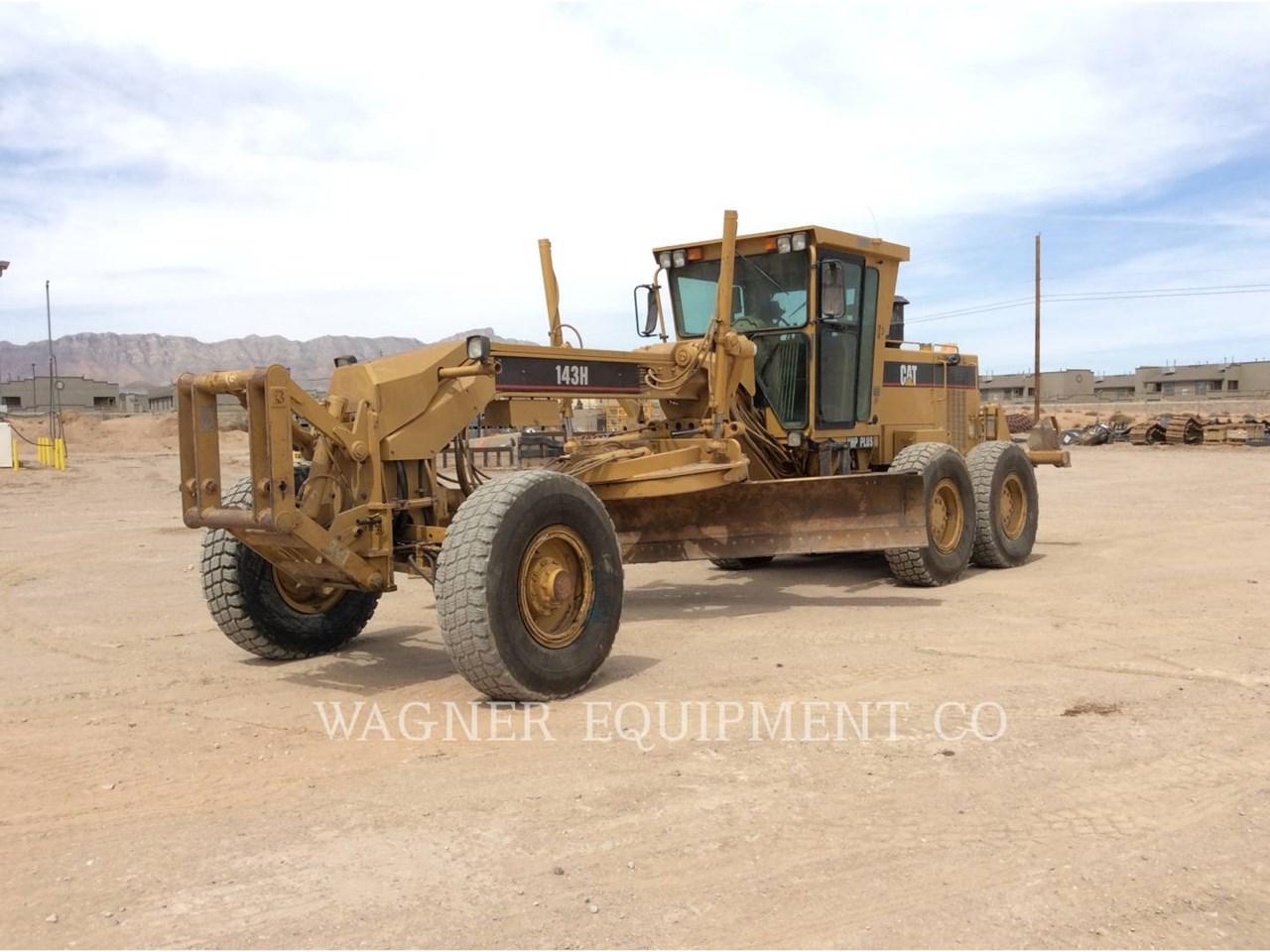 1999 Caterpillar 143H VHP Image 1