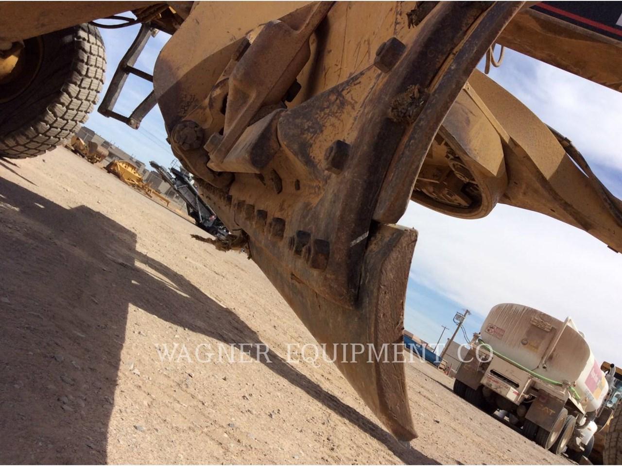 1999 Caterpillar 143H VHP Image 19