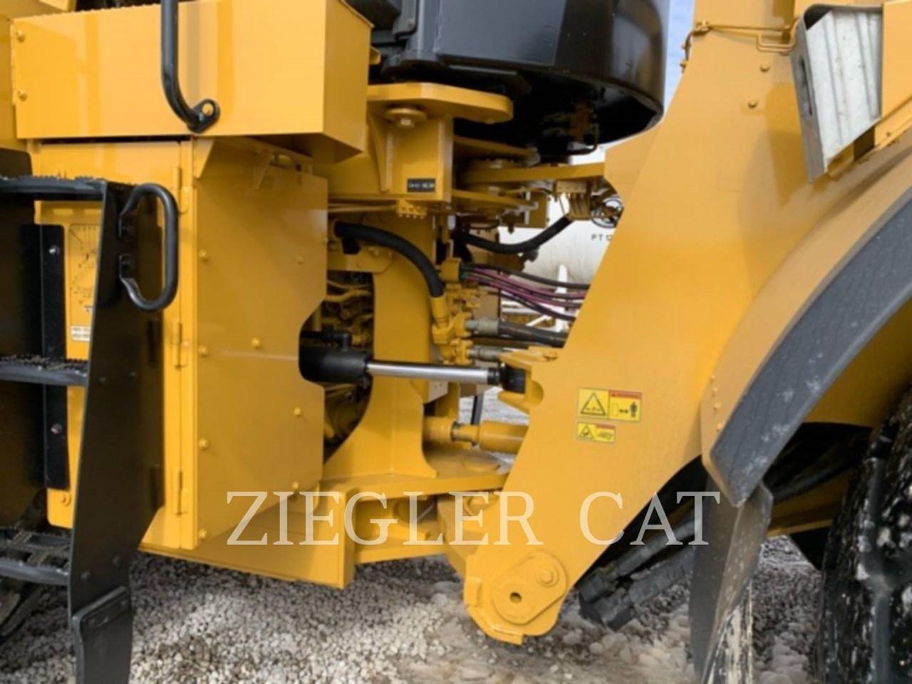 2018 Caterpillar 980M Image 15