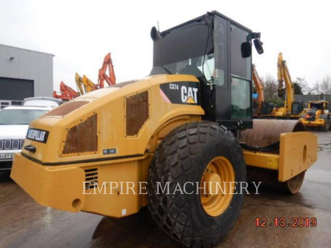 2012 Caterpillar CS74 Image 2