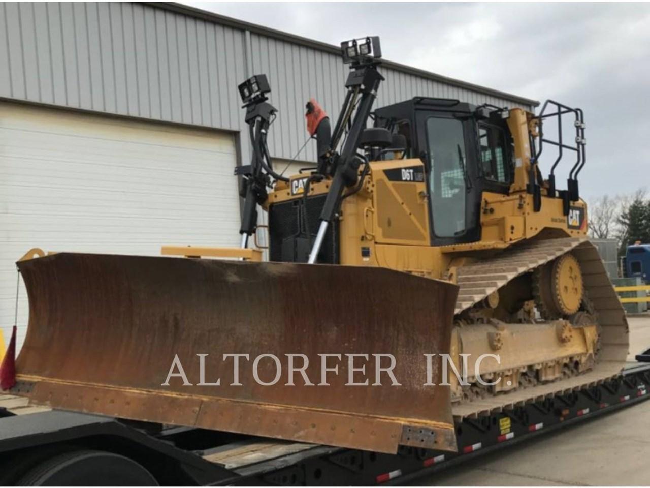 2018 Caterpillar D6T LGPPAT Image 1