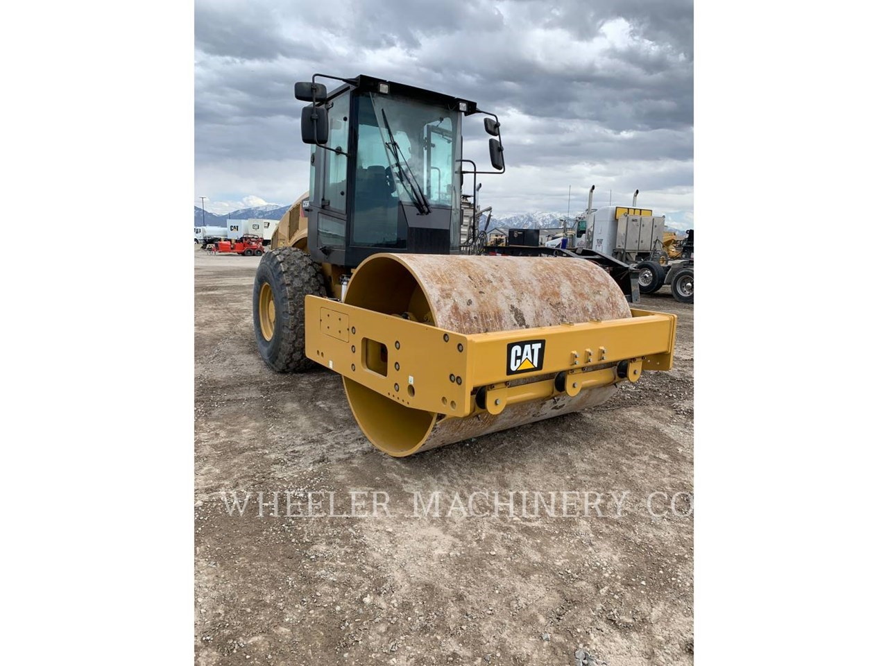 2021 Caterpillar CS56B Image 6