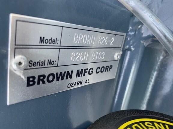 2021 Brown 826 Image 6