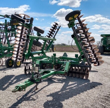 2004 John Deere 637 Disk Harrow For Sale