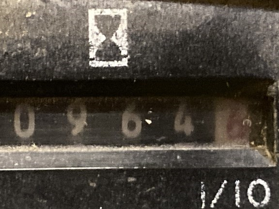 1997 John Deere F725 Image 11