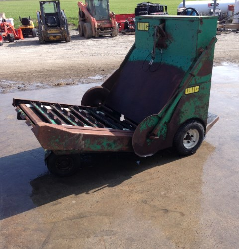 2015 WIC HBR Bale Feeder For Sale