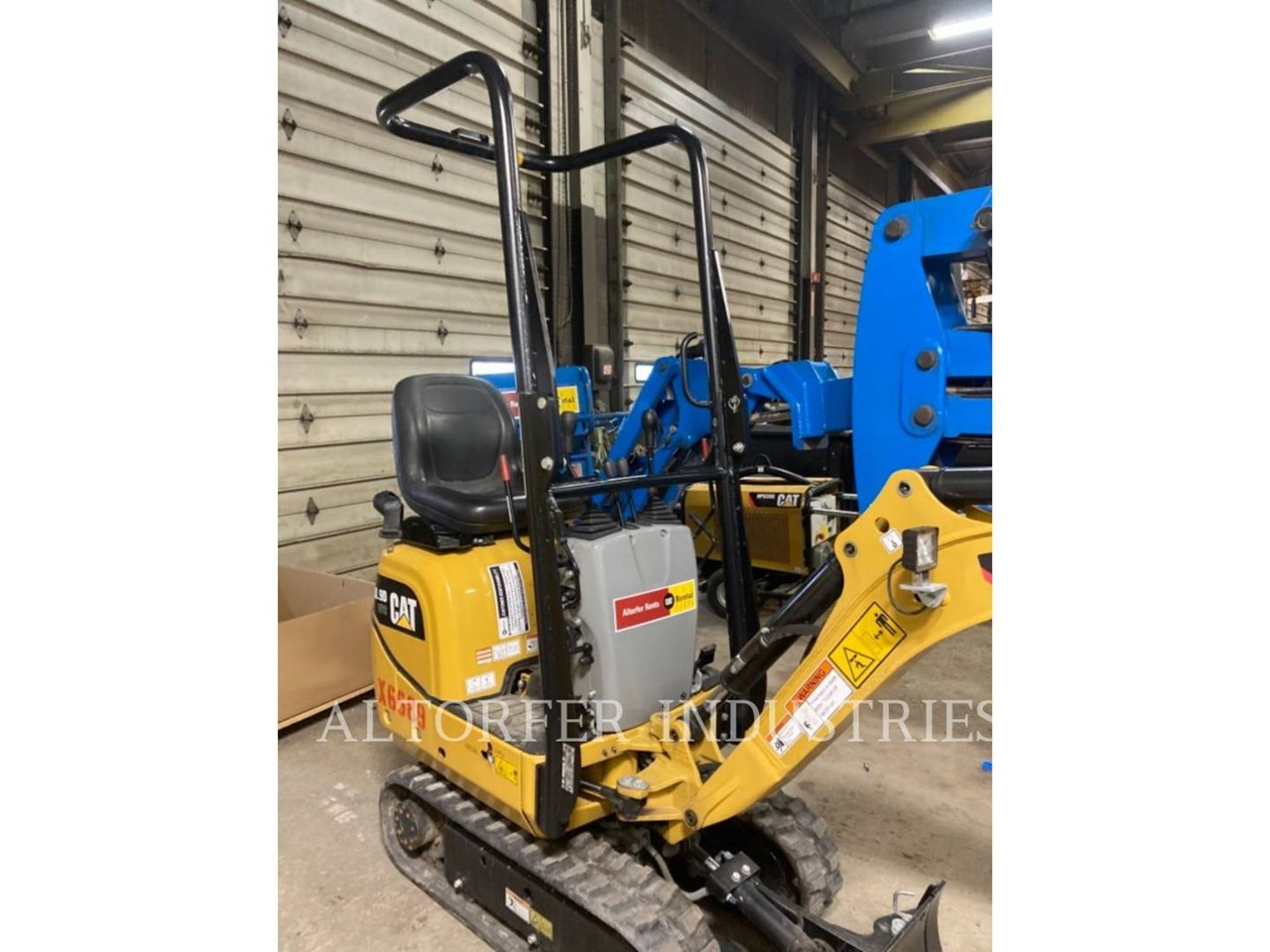 2019 Caterpillar 300.9D VPS Image 1