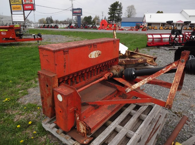 Rogers 548 Seeder For Sale