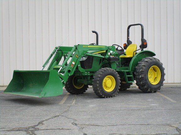 2018 John Deere 5045E Tractor - Utility For Sale