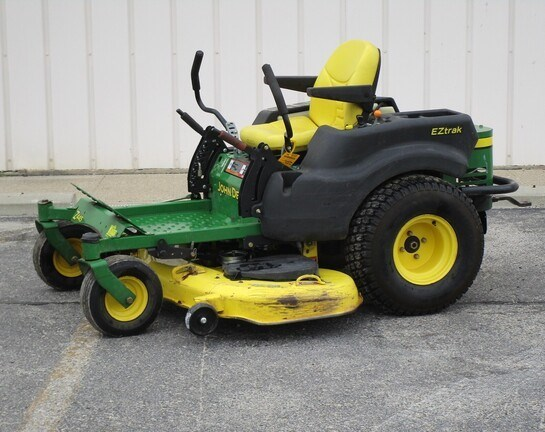 2009 John Deere Z445 Zero Turn Mower For Sale