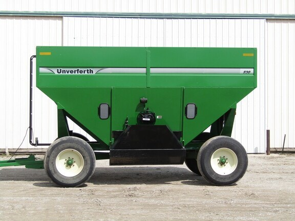 2015 Unverferth 530 Gravity Box For Sale