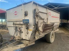 Feeder Wagon-Portable For Sale Kuhn Knight 3150