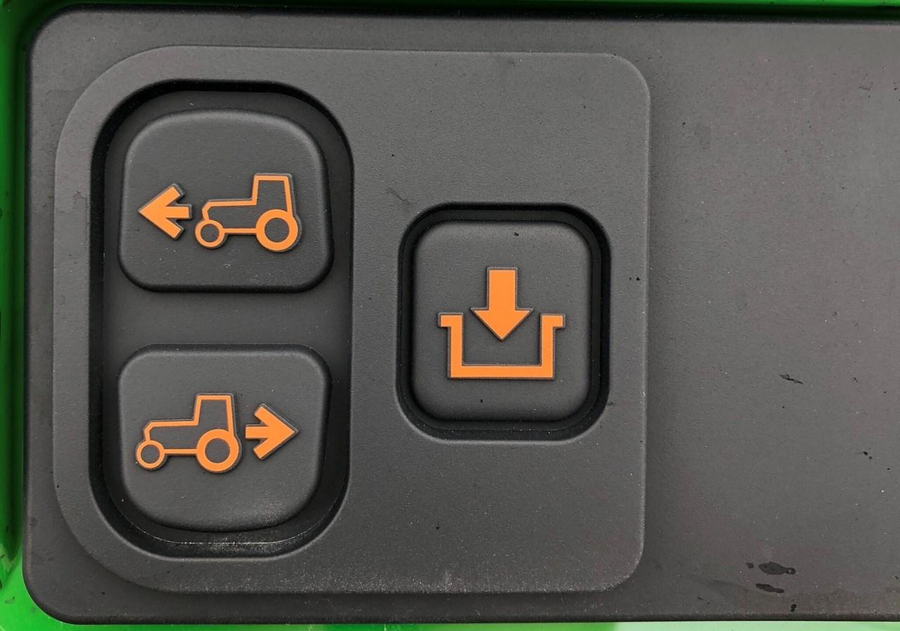 2021 John Deere 4066R CAB Image 5