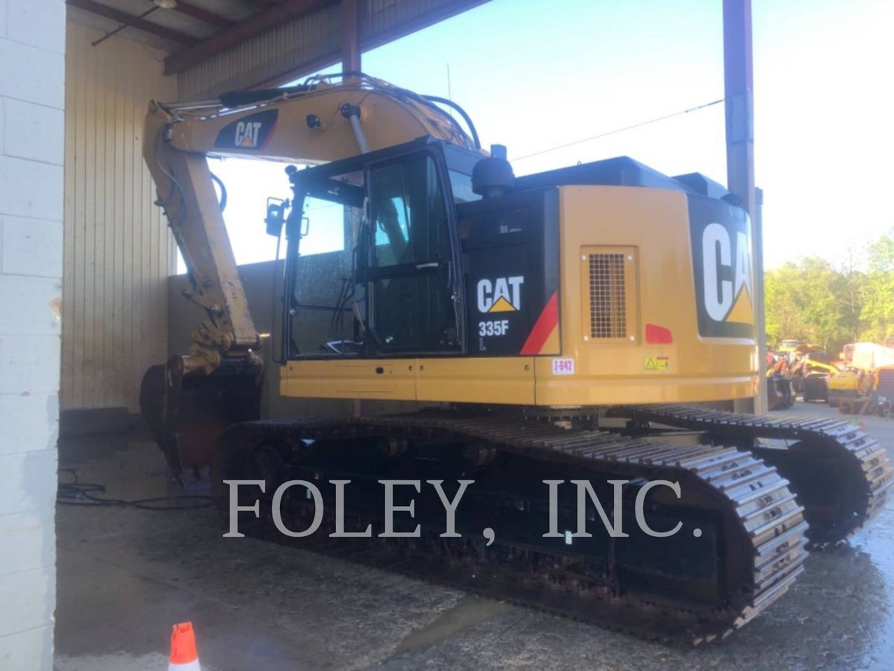 2019 Caterpillar 335F Image 1
