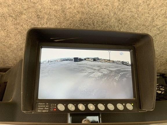 2017 John Deere 770G Image 10