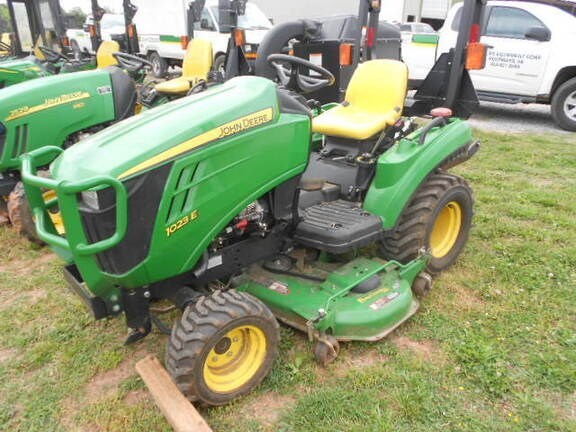 2014 John Deere 1023E Tractor - Compact Utility For Sale