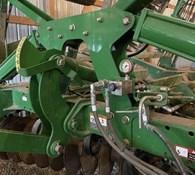 2012 John Deere 2623VT Thumbnail 9