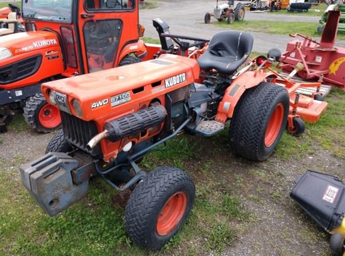 Kubota B7100HST Tractor For Sale