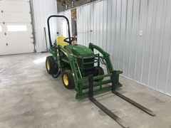 Tractor - Compact Utility For Sale 2007 John Deere 2305
