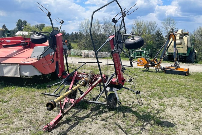 Vicon 523T Tedder For Sale