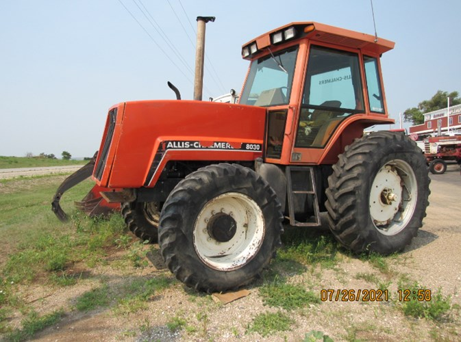1983 Allis Chalmers 8030 MFD Tractor For Sale