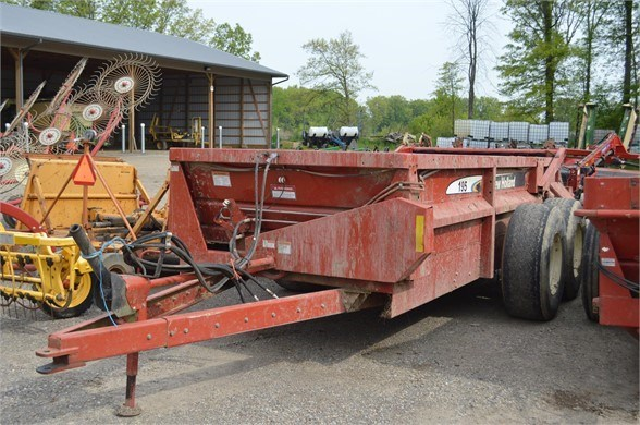 2007 New Holland 195HBS Manure Spreader-Dry For Sale