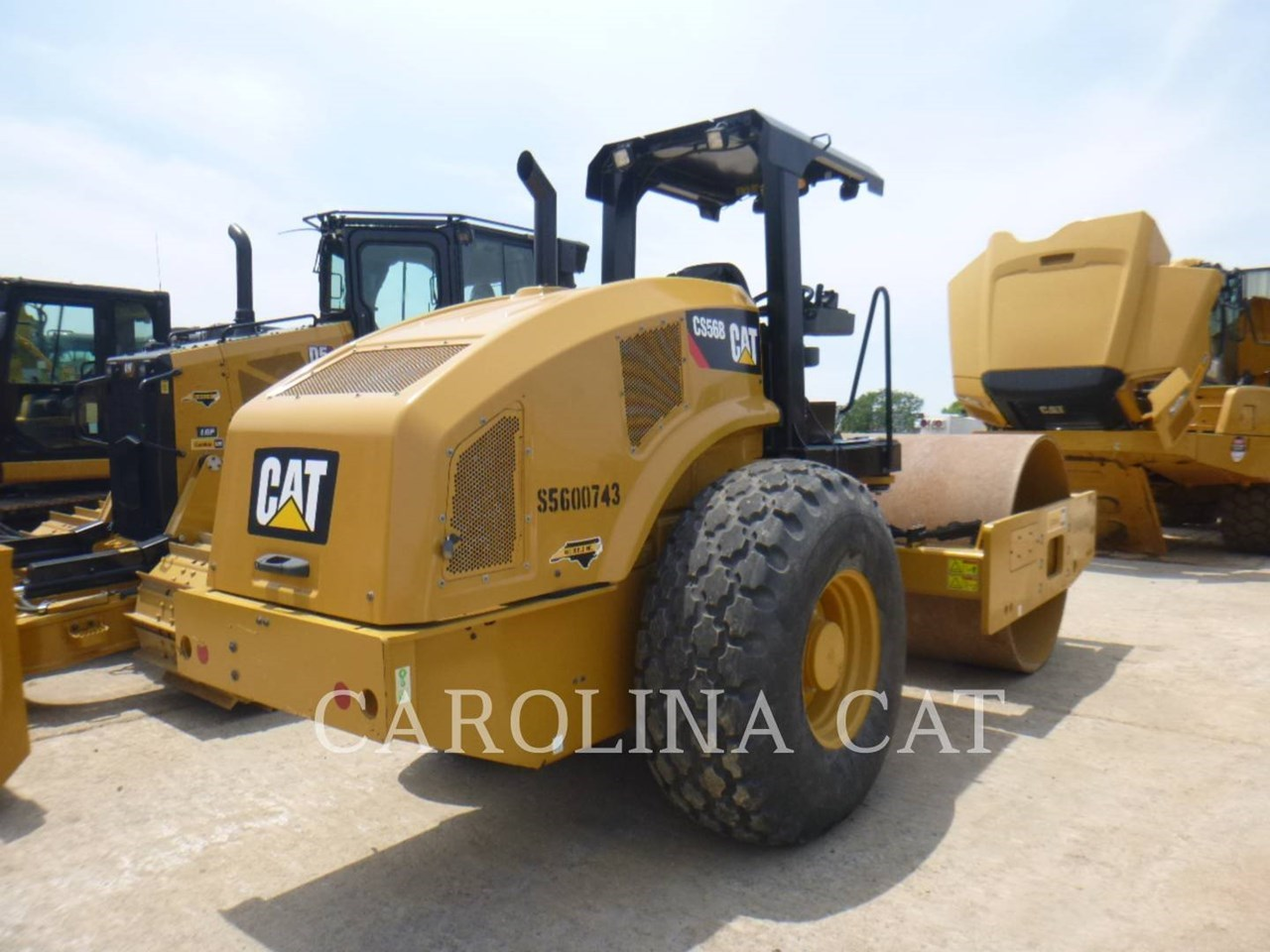 2018 Caterpillar CS56B Image 3