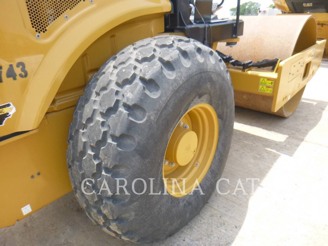 2018 Caterpillar CS56B Image 11