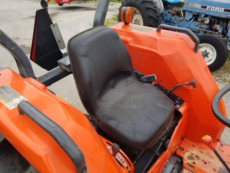 2006 Kubota MX5000SU R2L Image 4