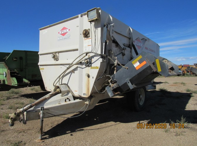 2013 Kuhn Knight RC250 Feeder Wagon-Portable For Sale
