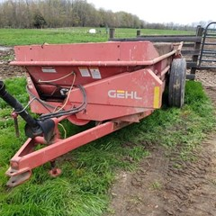 Manure Spreader-Dry/Pull Type For Sale Gehl Ms1217