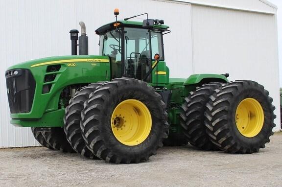 2008 John Deere 9530 Tractor - 4WD For Sale