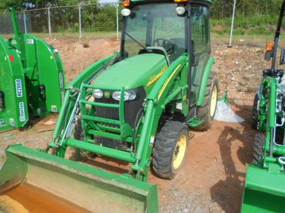 2006 John Deere 3720 Tractor - Compact Utility For Sale
