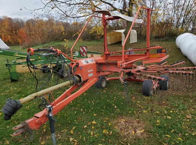 2000 Kuhn GA4521 Hay Rake-Rotary For Sale