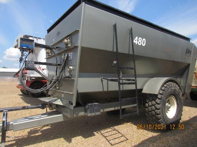 2018 Meyerink Farm Service 480 RH Feeder Wagon-Portable For Sale