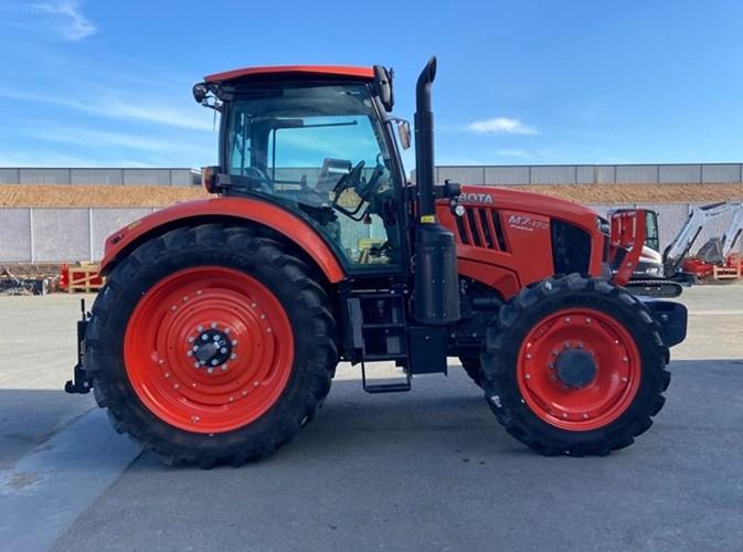 Kubota M7-172 Tractor