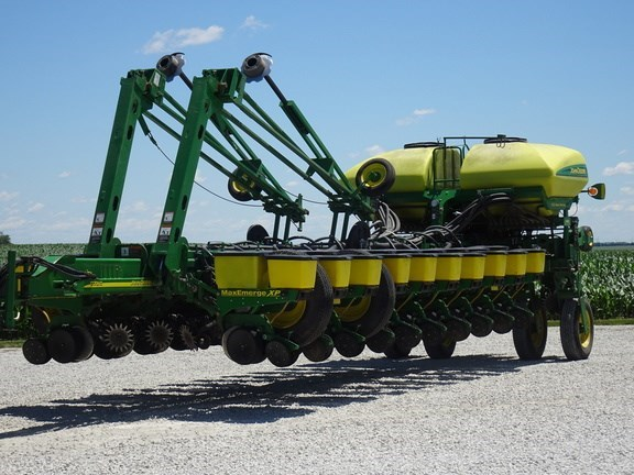 2008 John Deere 1770NT CCS Planter For Sale