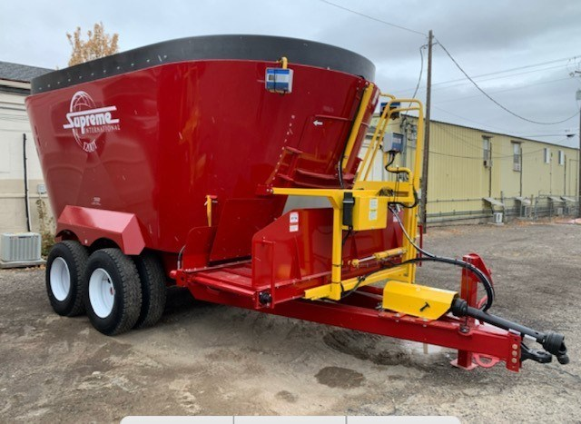 2021 Supreme 1200T Feed Truck For Sale