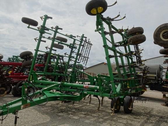 2012 John Deere 2210 Field Cultivator For Sale
