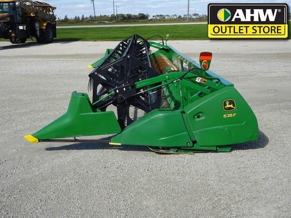 2009 John Deere 635F Header-Auger/Flex For Sale
