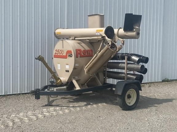 2005 Remlinger REM 2500 Grain Vac For Sale