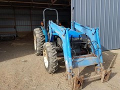 Tractor - Utility For Sale 2000 New Holland TN75S , 72 HP